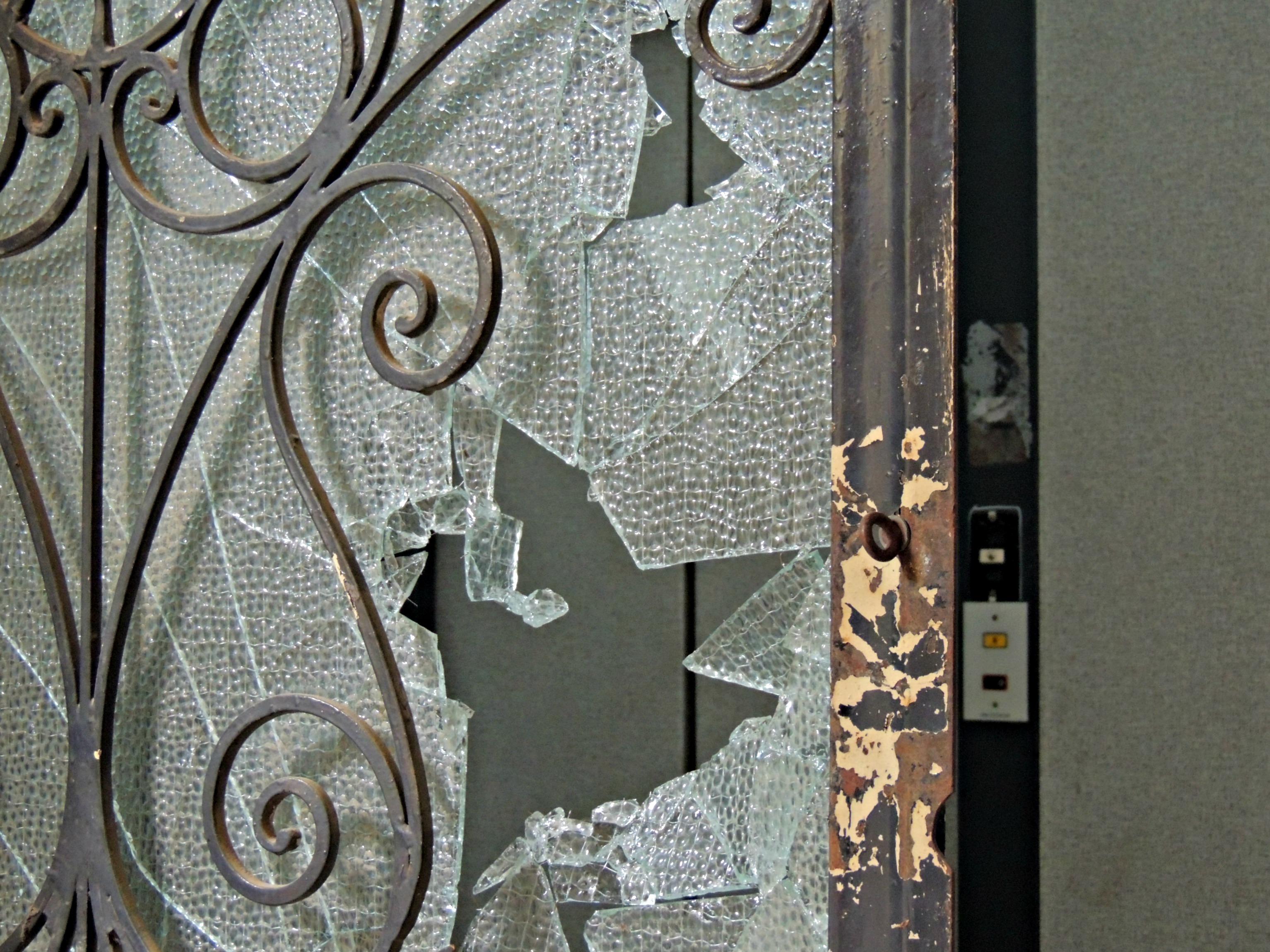 La teoria delle finestre rotte come metafora sspig - Teoria delle finestre rotte sociologia ...